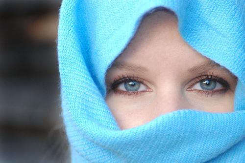 girl-blue-eye-wallpaper